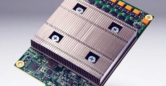 谷歌 TPU 芯片图片来自网络,版权属于作者
